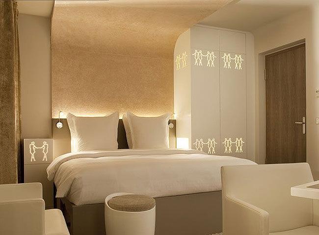 hotel gabriel paris. Black Bedroom Furniture Sets. Home Design Ideas