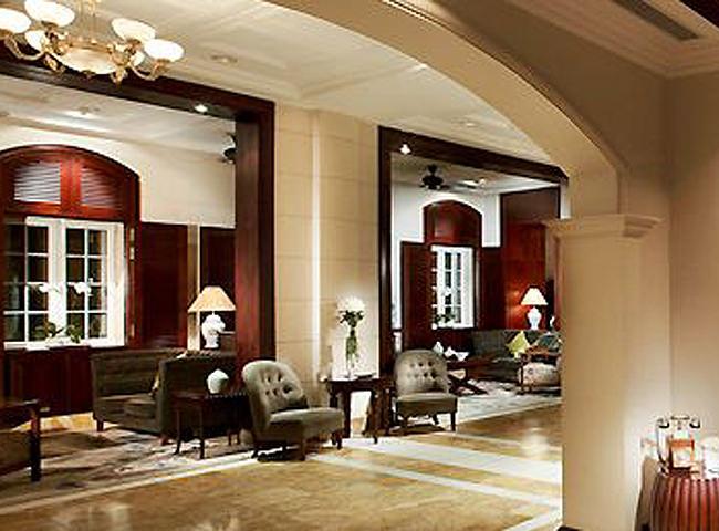 ホテルロビー ホテルロビー ラウンジ「L'ORAGERIE」 ソフィテル・メトロポール